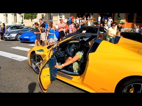 Arab Girls Driving Ferrari 458 Italia video