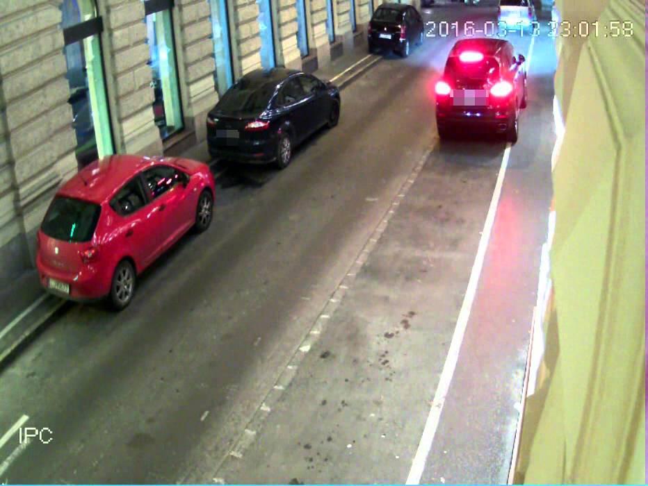 Így lopnak el egy Porschét Budapesten másodpercek alatt - videó