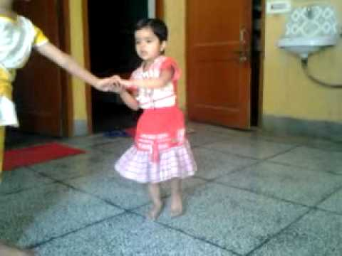 Lil's Champ  02 Most Entertaining Dance By Deepal Deshwal Mera Dol Kue Pe Latke Se video