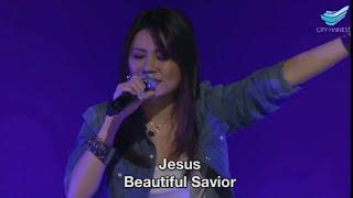 download lagu Beautiful Saviour Planetshakers Chc // Annabel Soh gratis