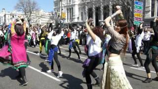 Download Bollywood en Madrid The First International Bollywood Flashmob (13 de marzo 2016) 2 3Gp Mp4