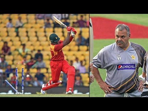 Zimbabwe sacks coach Dav Whatmore, captain Hamilton ahead of India series| Oneindia News