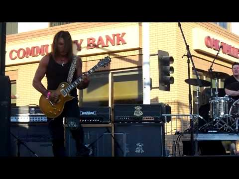 GEORGE LYNCH&LYNCH MOB @ X Fest In Modesto Ca.- 8-4-12 Frst 29 Min of the Set