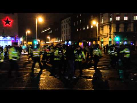 Garda clash with protesters on O'Connell bridge