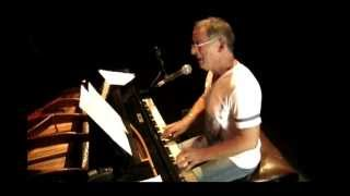 Hugo Fattoruso en concierto / Goldenwings - Hurry! (Sala Zitarrosa)