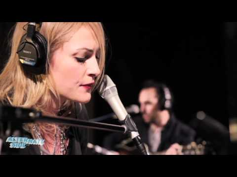 Metric - Youth Without Youth (Live @ WFUV, 2012)