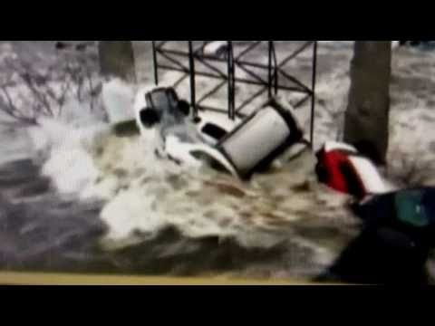 Japan Tsunami ((very Graphic Footage)) video