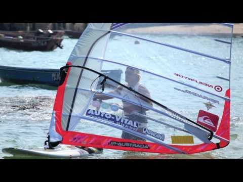 World Champion – Antoine Albeau HK visit