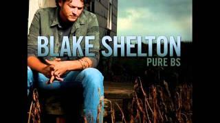 Watch Blake Shelton Heavy Liftin