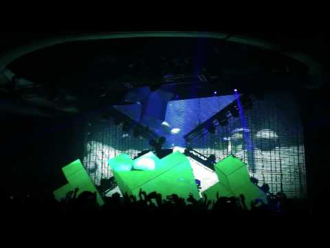 Deadmau5 - Strobe (full Song In Hd)!! Live  The Hollywood Palladium 8 26 11 Meowingtons Tour video