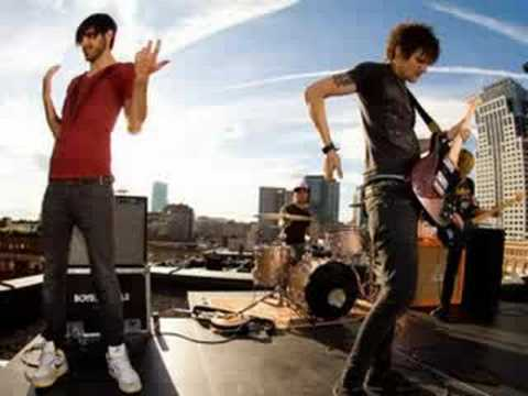 Boys Like Girls Five Minutes to Midnight with lyrics