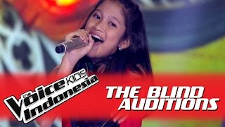 Nabila 34 Tiba Tiba Cinta Datang 34 I The Blind Auditions I The Voice Kids Indonesia Globaltv 2016