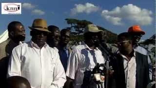 Raila in kibera DC grounds