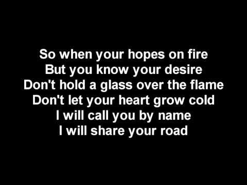 Music video Mumford and Sons - Hopeless Wanderer (Lyrics) - Music Video Muzikoo