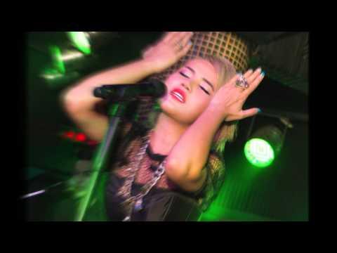 Tukathan Cholada Concert clip at Climax Bangkok