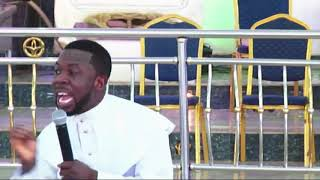 PROPHET ISRAEL OLADELE GENESIS EMBARRASSES A POOR WOMAN DURING SUNDAY SERVICE