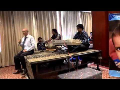 Aane Se Uske Aye Bahar-live By Razi Ahmed video
