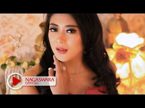 Putri Unyu - Sakarepmu ( Baper ) - Official Music Video - NAGASWARA