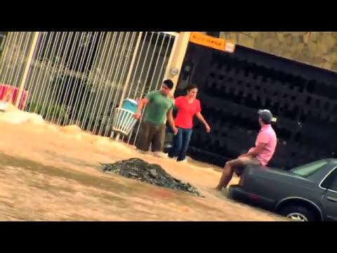 HURACAN ALEX EN MONTERREY- RIO SANTA CATARINA- DANOS EN RINCON DE LA PRIMAVERA