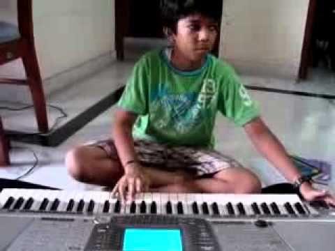 Varun Keyboard Carnatic endaro mahanubhavulu.flv