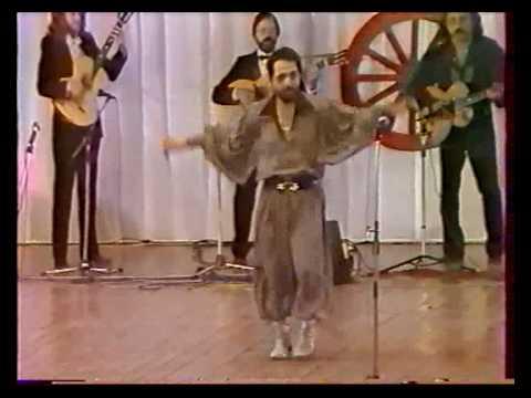 Танцует Анатолий Вербицкий