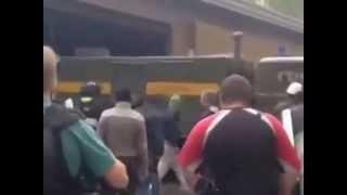 Донецк Вывоз оружия из здания СБУ 03 05 2014 Donetsk removal of weapons from the building May 2014