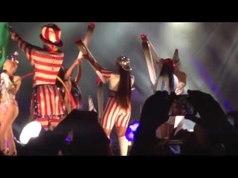 Party In The Usa - Miley Cyrus - Rio De Janeiro video