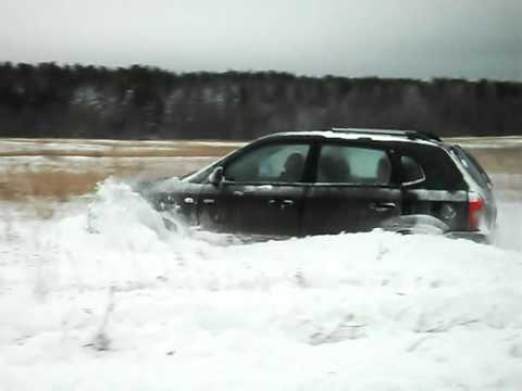 Hyundai Tucson в снегу (2)