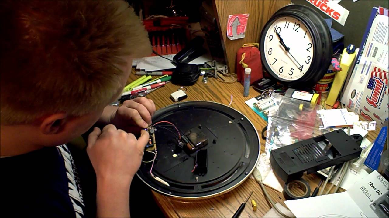 neon clock repair replace transformer youtube. Black Bedroom Furniture Sets. Home Design Ideas
