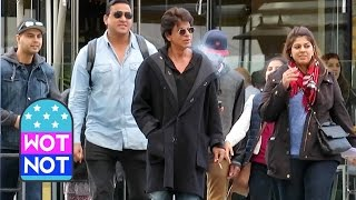 Bollywood King Shah Rukh Khan Strolls Around Vancouver, Canada
