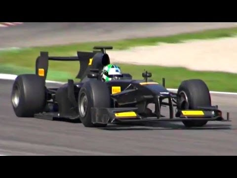Test Formula 1 (F1) with Pure Engine Sound!!