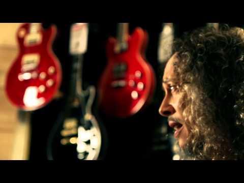 Metallica - Kirk and guitars