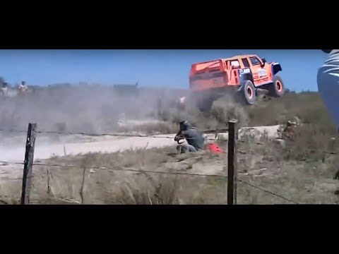 Salto Robby Gordon - Dakar 2013 [HD]