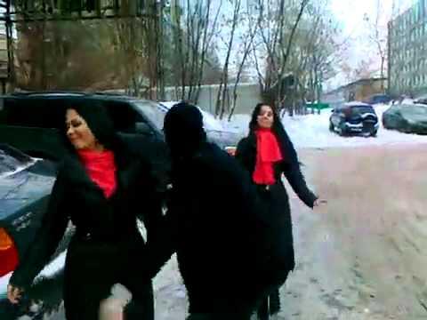 Тигран и сестры Колисниченко лезгинку танцуют!