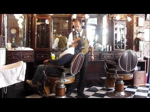 Dapper Dan's hair cut Disneyland Paris '12