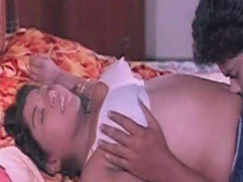 South Indian Hot Mallu Aunty Shakeela Hot Saree Drop Scene video