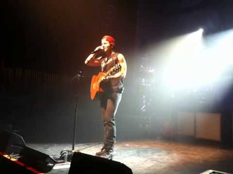 Kip Moore - Acoustic Melody 12 13 13 video