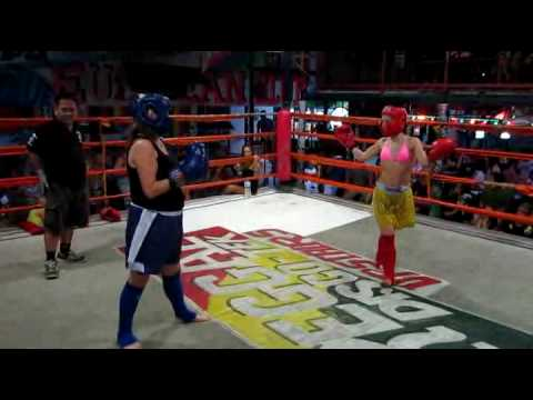 girls thai boxing in phi phi ~ canada girl 46 (blue) vs. uk girl 24~ round #3 Video
