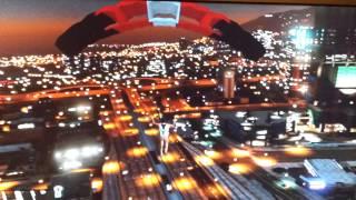 GTA 5: saut en parachute le plus haut sans mourrir d'un avion de chasse+ bonus sulfateuse