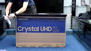 """Samsung TU7100 43"""" Unboxing, Setup and Test with 4K Demo Videos and Dimensions"""