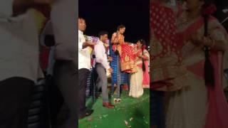 Crazy couple wedding game