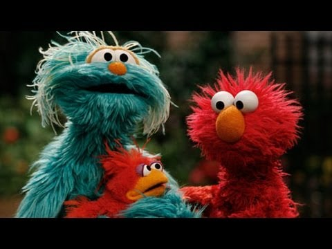 Sesame Street - Elmo Finds A Baby Bird video