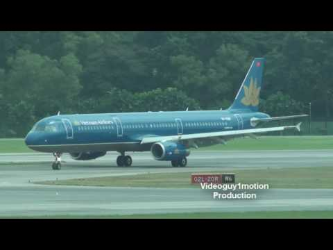 At Changi Airport T3 before i went on SQ318 to London Heathrow. :D Enjoy. Please Rate, Subscribe and comment!
