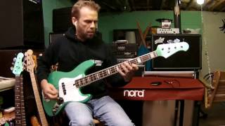 Longview - Green Day (Mike Dirnt) bass cover