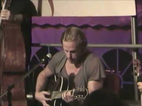 andreas oberg live solo guitar piece