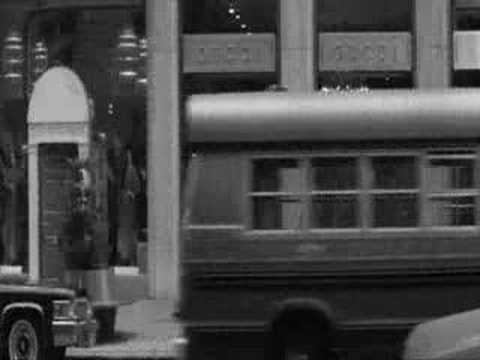 Manhattan - Woody Allen (opening scene_English) Video
