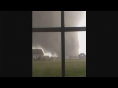 US storm footage: Tornado filmed making landfall in Illinois