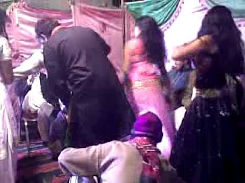 Sexy Mujra In  Green Town Lahore video