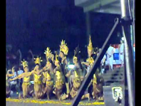 Khmer student in thailand and thai student | Burapha university show dancing culture  02-02-2010