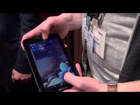 điều khiển Lenovo Ideapad A3000 dễ dàng bằng 2 tay
